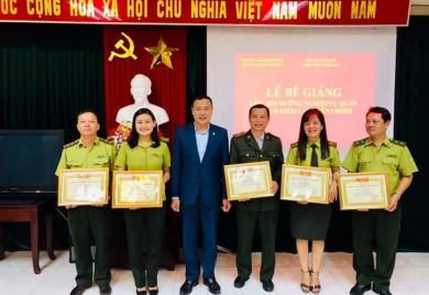 Bế giảng lớp bồi dưỡng nghiệp vụ quản lý nhà nước ngạch Kiểm lâm viên chính tại Huế năm 2019.